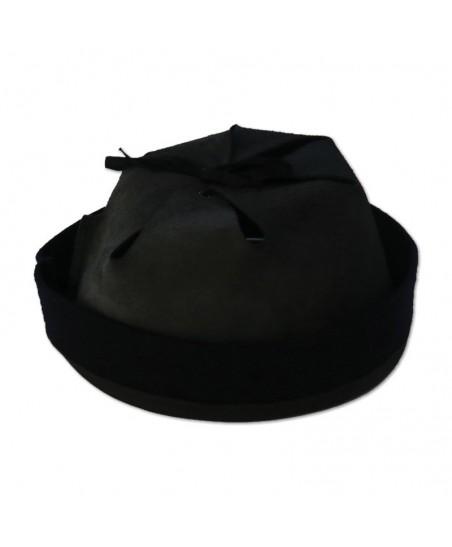 Adrian helmet interior in black leather
