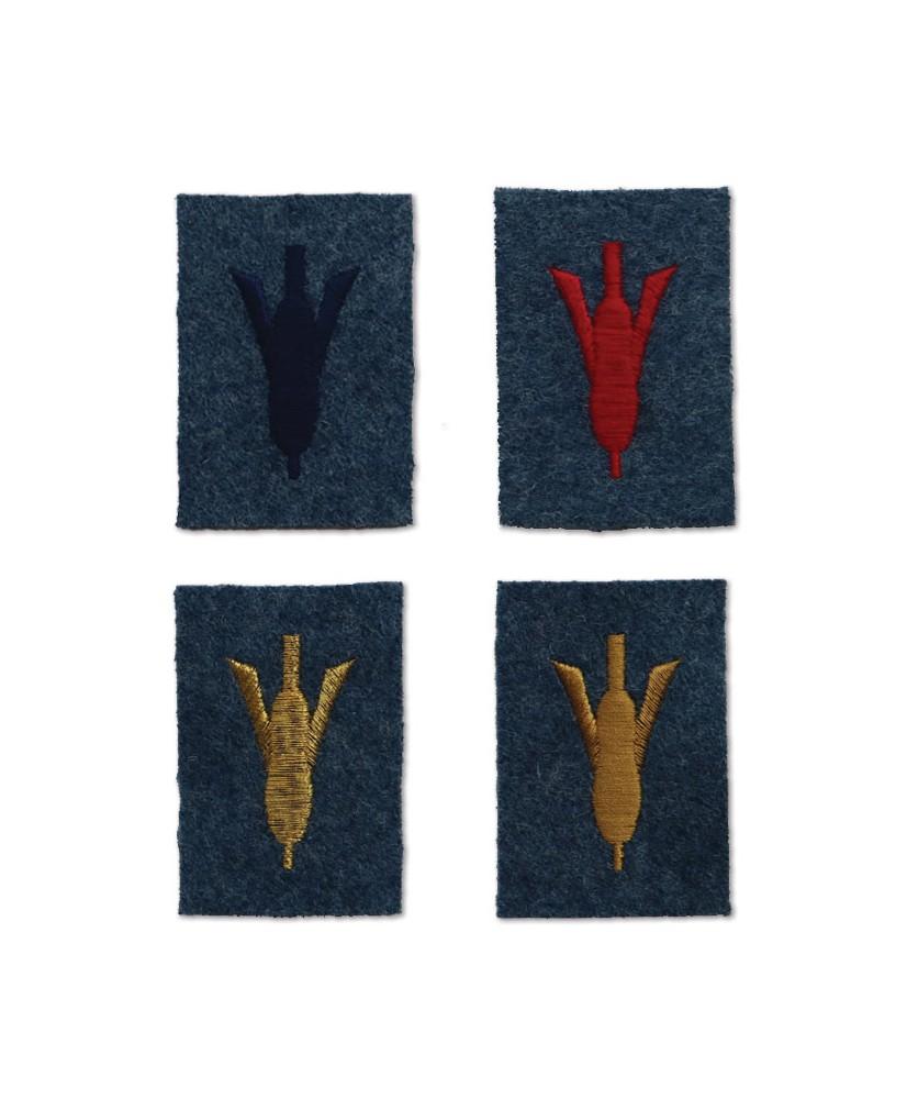 Crapouillot insignias
