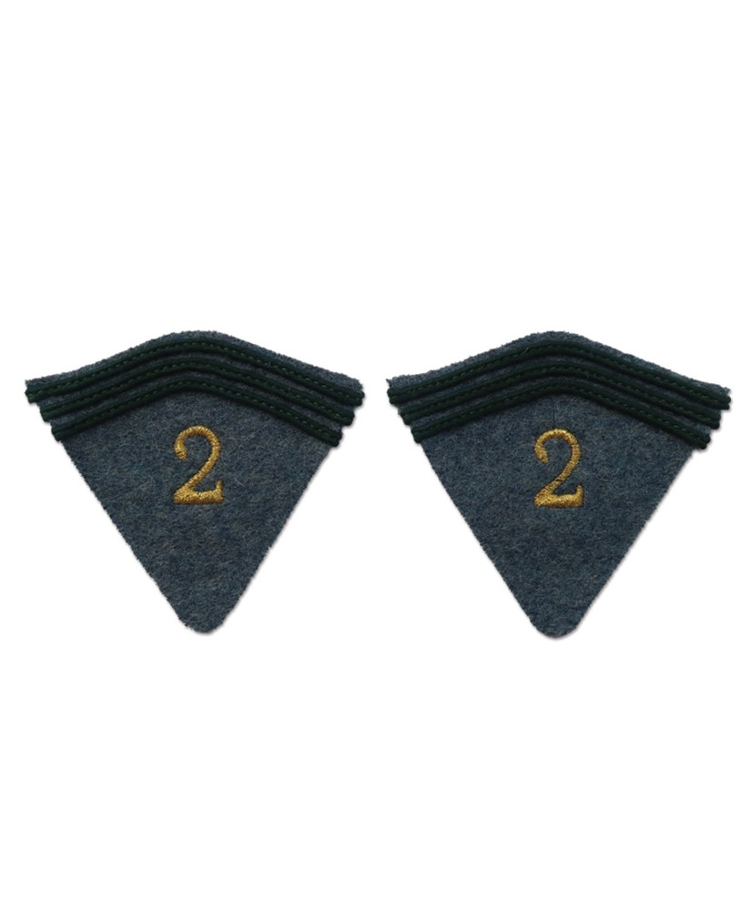 2 pattes de col aux chiffres brodés pour capote second modèle